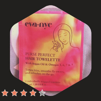 Photo of Eva NYC Purse Perfect Hair Towelettes uploaded by Britny H.