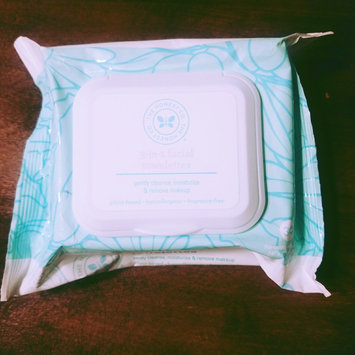 Photo of The Honest Company 3-in-1 Facial Towelettes (30-count) uploaded by Alyssa H.