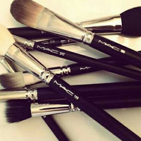 MAC 167SH Face Blender Brush uploaded by rachel.Z ..