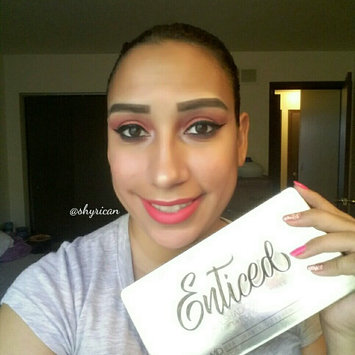 Photo of Measurable Difference Eyeshadow uploaded by yecenia M.