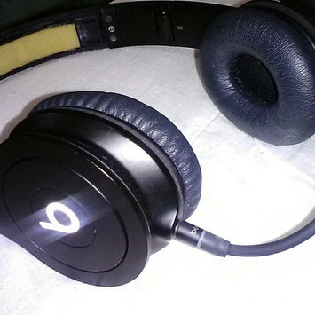Photo of BEATS by Dr. Dre Beats by Dre Solo HD Drenched in Black uploaded by Estefany P.