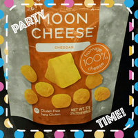 Moon Cheese 500 Medium Cheddar Cheese Snack uploaded by naf C.