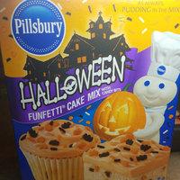 Smucker's Pillsbury Halloween Funfetti Cake Mix 18.9 oz uploaded by Rachael Z.