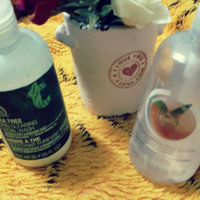 THE BODY SHOP® Tea Tree Skin Clearing Body Wash uploaded by Linda M.