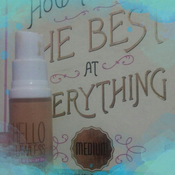 Photo of Benefit Cosmetics Hello Flawless Oxygen Wow! Liquid Foundation uploaded by Cris S.