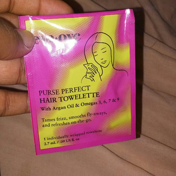Eva NYC Purse Perfect Hair Towelettes uploaded by Cindy R.