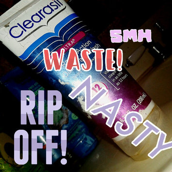 Clearasil Ultra Daily Face Wash Acne Medication uploaded by sarah s.