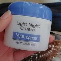 Neutrogena Light Night Cream uploaded by Andrea P.
