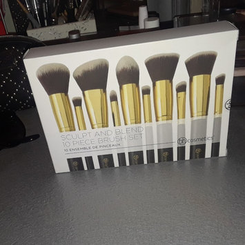 Photo of BH Cosmetics Sculpt and Blend 2 - 10 Piece Brush Set uploaded by Amanda D.