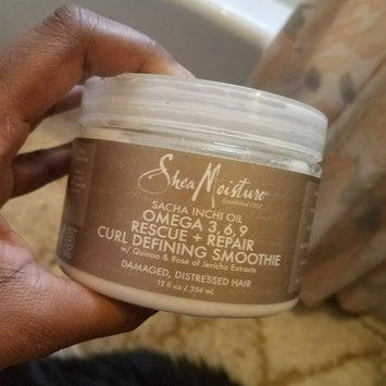 Photo of SheaMoisture Sacha Inchi Oil Omega-3-6-9 Rescue + Repair Curl Defining Smoothie uploaded by Tanya A.