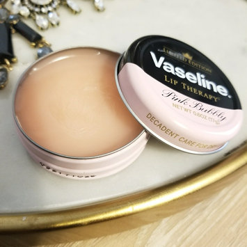Photo of Vaseline Limited Edition Lip Therapy Pink Bubbly Tin uploaded by Nancy G.
