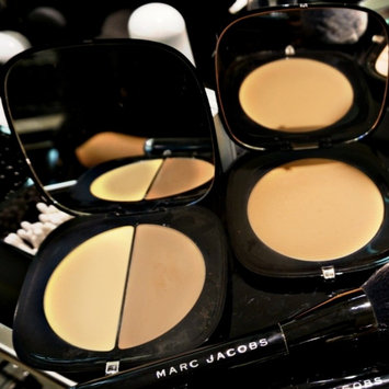 Photo of Marc Jacobs Instamarc Light Filtering Contour Powder uploaded by savana r.