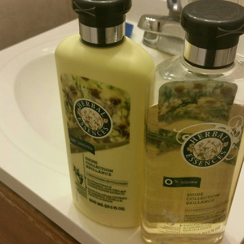 Photo of Herbal Essences Smooth Collection Shampoo uploaded by Ramonita R.