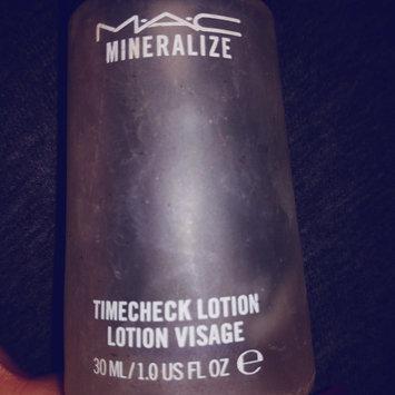 Photo of M.A.C Cosmetics Mineralize Timecheck Lotion uploaded by Sofia Sabrina A.
