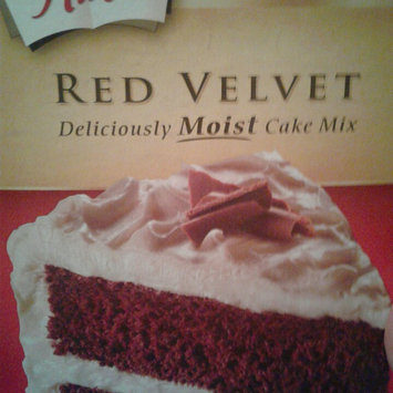 Photo of Duncan Hines Signature Red Velvet Moist Cake Mix uploaded by Amy M.
