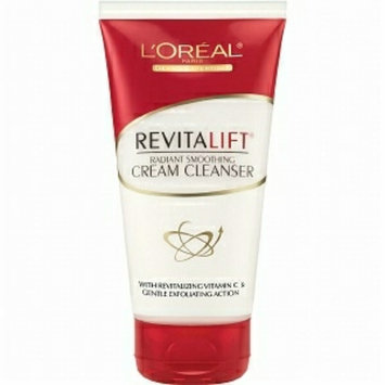 Photo uploaded to L'Oréal Paris RevitaLift® Radiant Smoothing Cream Cleanser by Emily D.