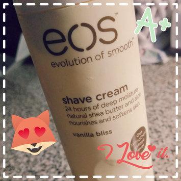 Photo of eos™ Ultra Moisturizing Shave Cream Pomegranate Raspberry uploaded by Monique N.