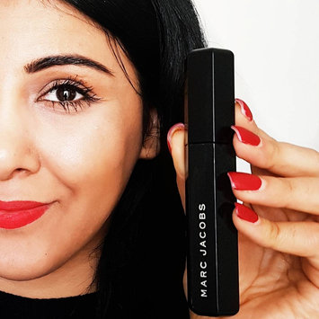 Photo of Marc Jacobs Beauty Velvet Noir Major Volume Mascara uploaded by Sana J.