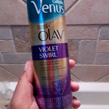 Photo of Gillette Venus Ultramoisture Violet Swirl Shave Gel with Olay uploaded by nellys c.