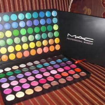 Photo of MAC Cosmetics uploaded by Angela O.