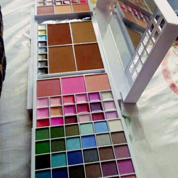 Photo of e.l.f. Eyeshadow Palette uploaded by Carolina P.