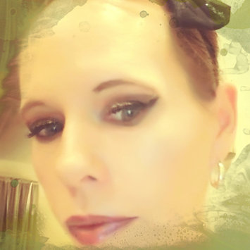 Photo of Clinique Pretty Easy™ Liquid Eyelining Pen uploaded by Malinda S.