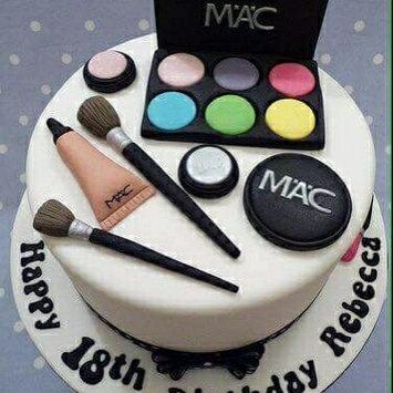 Photo of MAC Cosmetics Lip Pencil uploaded by Ra N.