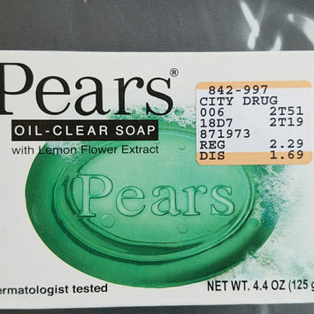 Photo of Pears 4.4-ounce Oil Clear Soap uploaded by Gisela Q.
