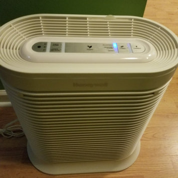 Photo of Honeywell True HEPA Allergen Remover HPA204 uploaded by Katie D.