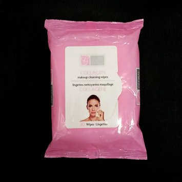 Photo of Global Beauty Care Collagen Makeup Cleansing Wipes uploaded by Luana L.