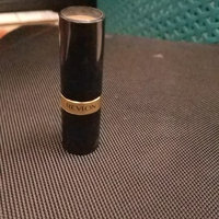 Revlon Matte Lipstick uploaded by Luana L.