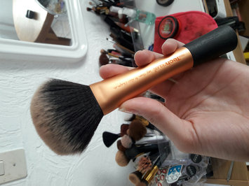 Photo of Real Techniques by Samantha Chapman Powder Brush uploaded by Veronica B.