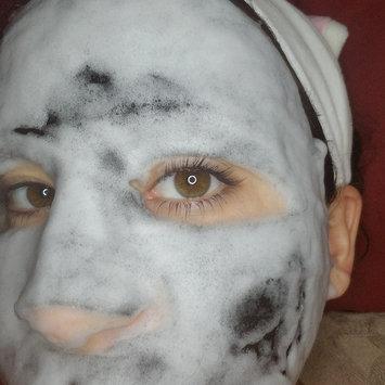 Photo of GLAMGLOW BUBBLESHEET Oxygenating Deep Cleanse Mask uploaded by kari s.