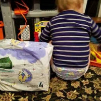 Seventh Generation Stage 5 Overnight Baby Diapers uploaded by Veronica S.
