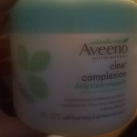 Aveeno Positively Radiant Cleansing Pads uploaded by Rositsa D.