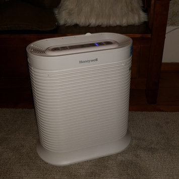 Photo of Honeywell True HEPA Allergen Remover HPA204 uploaded by Kayla H.