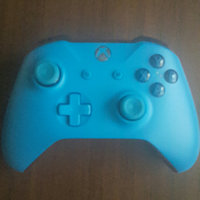 Xbox One Controller - Blue uploaded by Gaby M.