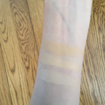 Photo of M.A.C Cosmetics Studio Finish SPF 35 Concealer uploaded by Amanda C.