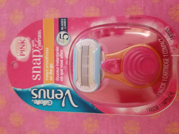 Photo of Gillette Venus Snap with Embrace Women's Razor uploaded by Sheila P.