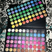 Shany Vivid Collection Bold and Bright 120-color Eye Shadow Kit uploaded by Erika V.