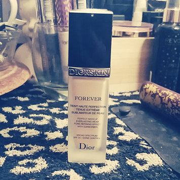 Photo of Dior Diorskin Forever Perfect Makeup Everlasting Wear Pore-Refining Effect uploaded by Jamie D.
