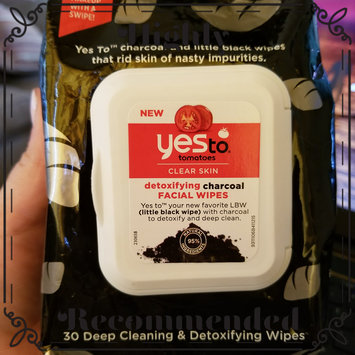 Photo of Yes To Tomatoes Detoxifying Charcoal Facial Wipes uploaded by Aj R.