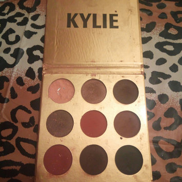 Photo of Kylie Cosmetics The Bronze Palette Kyshadow uploaded by hafsa d.