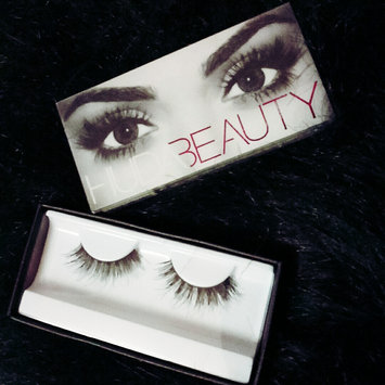 Photo of Huda Beauty Classic False Lashes Samantha 7 uploaded by Aanchal S.