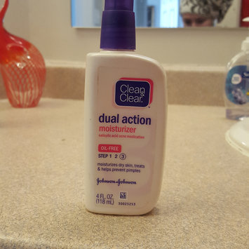 Photo of Clean & Clear Oil-Free Dual Action Moisturizer uploaded by Jessica S.