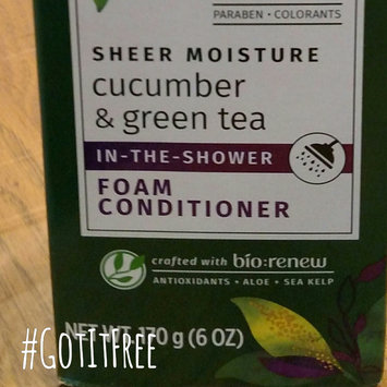 Photo of Herbal Essences Cucumber & Green Tea Foam Conditioner uploaded by Crystal G.
