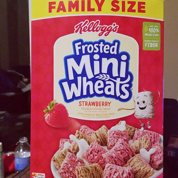 Photo of Kellogg's Frosted Mini-Wheats Strawberry Cereal uploaded by Vanessa J.