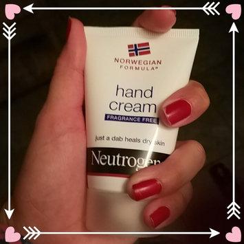 Photo of Neutrogena® Norwegian Formula® Hand Cream uploaded by Yasmin A.