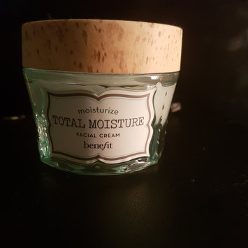 Photo of Benefit Cosmetics Total Moisture Facial Cream uploaded by Jess M.