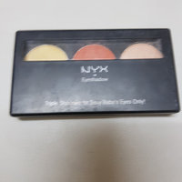 NYX Trio Eye Shadow uploaded by Záarah k.